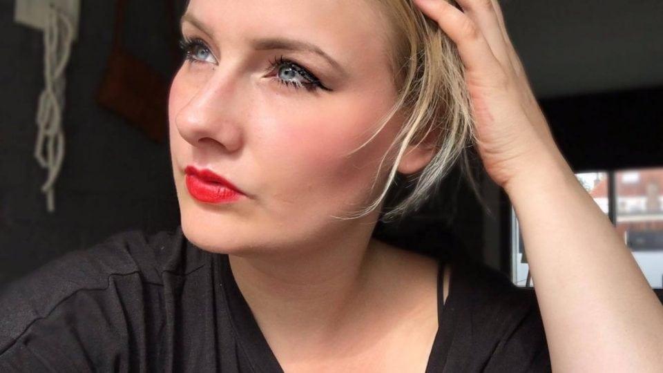 W7 Lipstick Vampire Kiss
