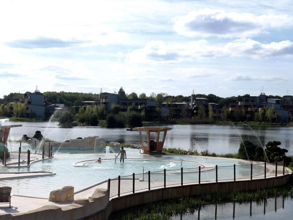 10 x De leukste (subtropische) zwembaden voor kinderen Center Parcs Villages Nature® Paris Disneyland Paris