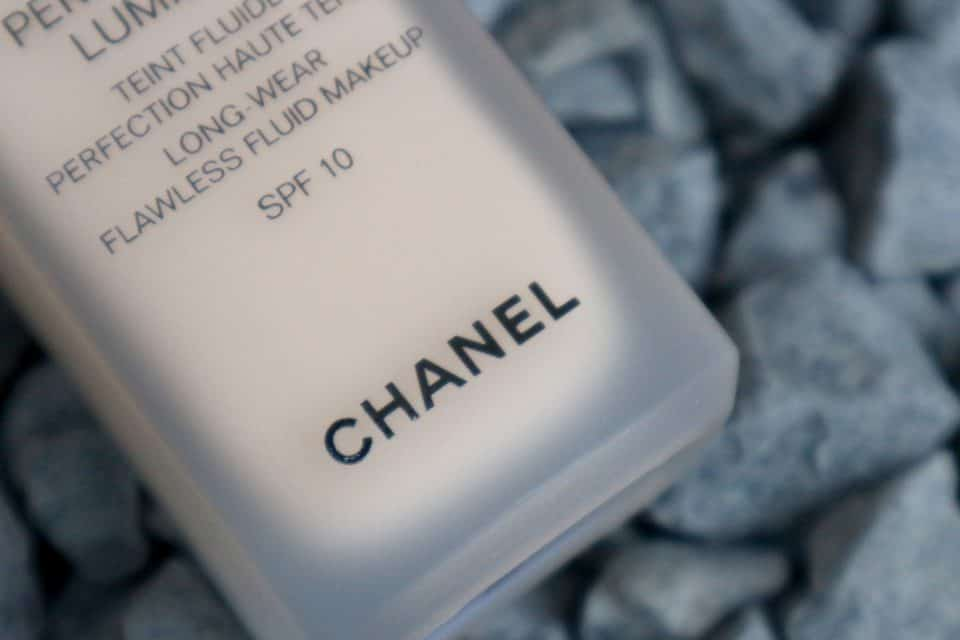 Chanel Perfection Lumiere Foundation Review
