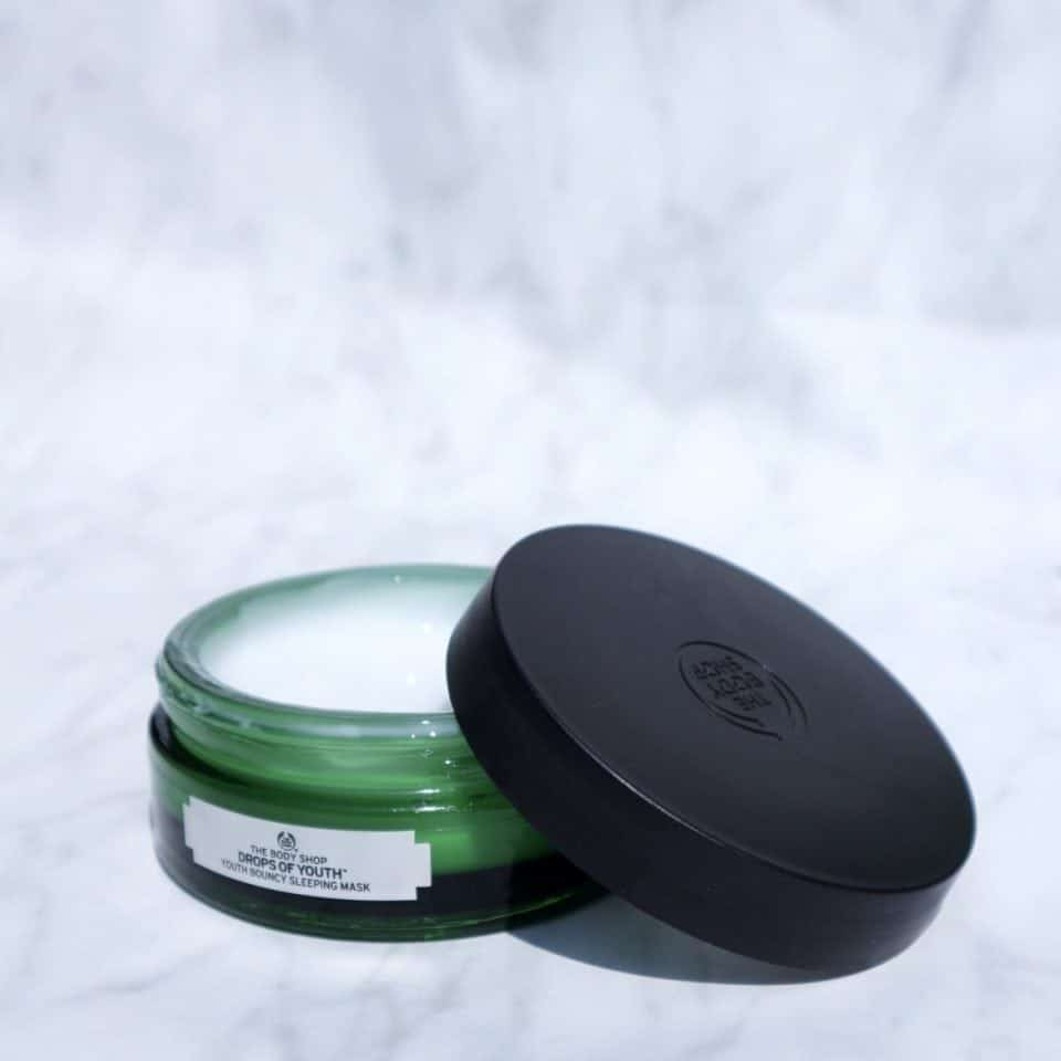 Mask Monday | The Body Shop Drops of Youth bouncy sleeping mask momambition.nl review