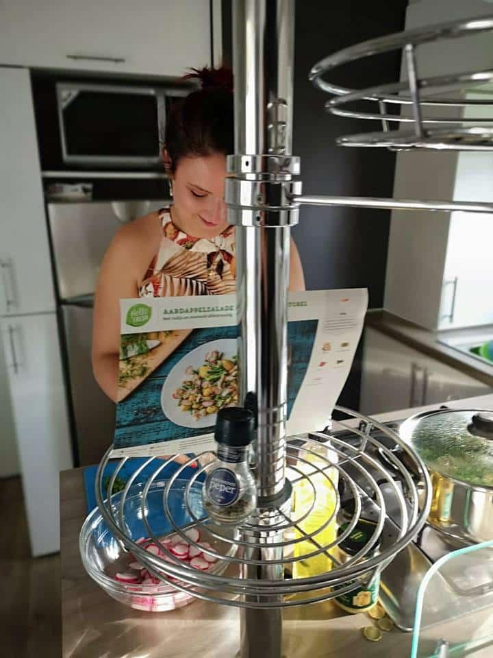 wat eten we vanavond 7 snelle RECEPTEN   Zomerse aardappelsalade met gerookte forel momambition.nl