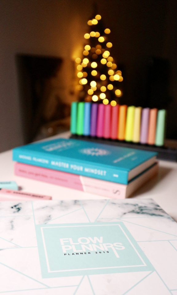 Review Flow Planners 2019 Agenda | #8daysofchristmas2018 momambition.nl mamablog planning101 planner