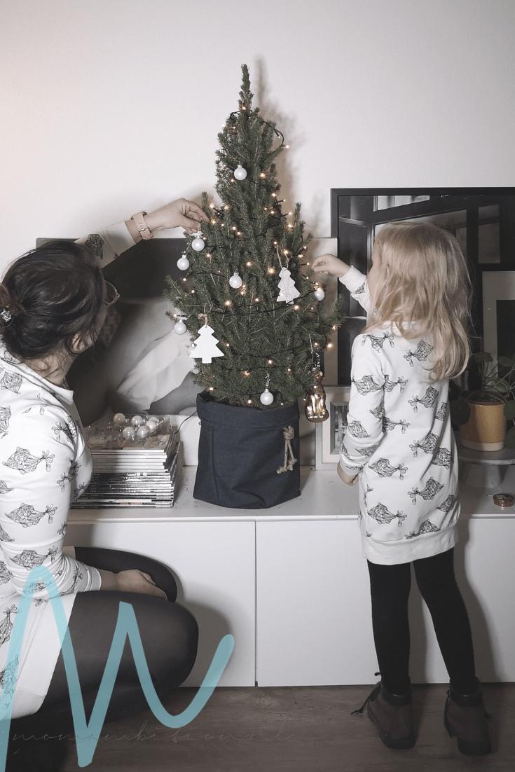 Twinning is winning met de twinning outfits van Lucky Leaf   #8daysofchristmas2018 matching outfits moeder en dochter lucky leaf